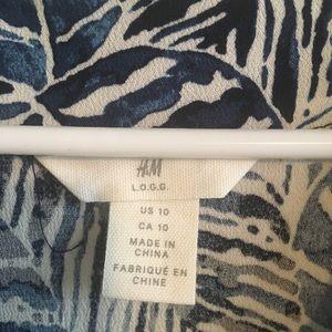 H&M Dresses - Leaf print maxi dress